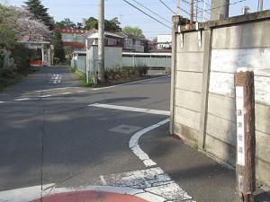 氷川神社手前の交差点